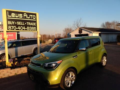 2014 Kia Soul for sale at LEWIS AUTO in Mountain Home AR