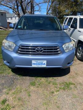 2009 Toyota Highlander for sale at Whiting Motors in Plainville CT