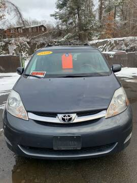 2009 Toyota Sienna for sale at ALAN SCOTT AUTO REPAIR in Brattleboro VT