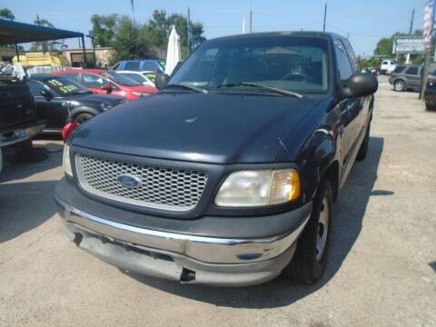 1999 Ford F-150 for sale at SCOTT HARRISON MOTOR CO in Houston TX