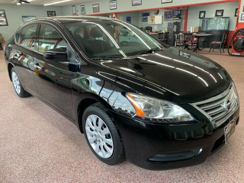 2014 Nissan Sentra for sale at PETE'S AUTO SALES LLC - Middletown in Middletown OH