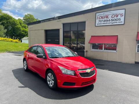 2014 Chevrolet Cruze for sale at I-Deal Cars LLC in York PA