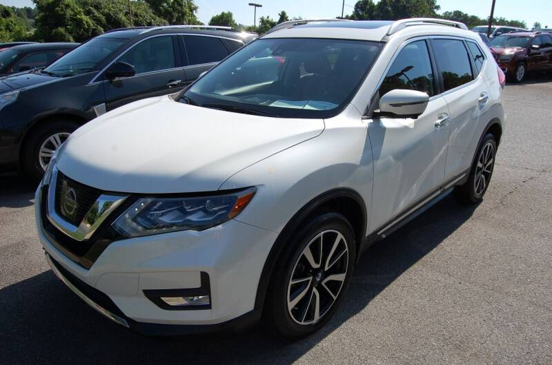 2017 Nissan Rogue for sale at Modern Motors - Thomasville INC in Thomasville NC