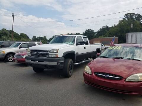 2005 Chevrolet Silverado 3500 for sale at Wheel'n & Deal'n in Lenoir NC