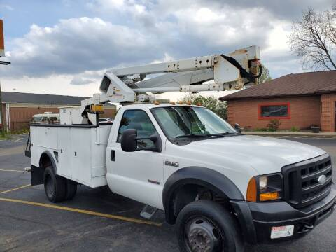 2007 Ford F-550 Super Duty bucket truck for sale at Ernie's Auto LLC in Columbus OH