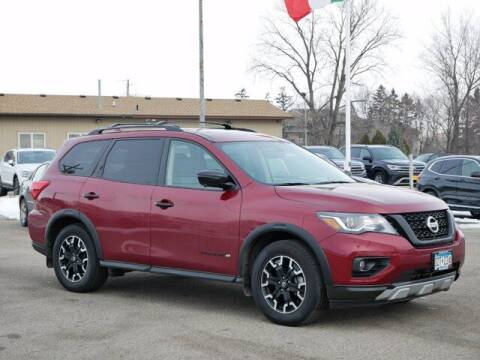 2019 Nissan Pathfinder for sale at Park Place Motor Cars in Rochester MN