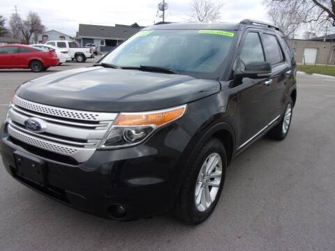 2012 Ford Explorer for sale at Ideal Auto Sales, Inc. in Waukesha WI