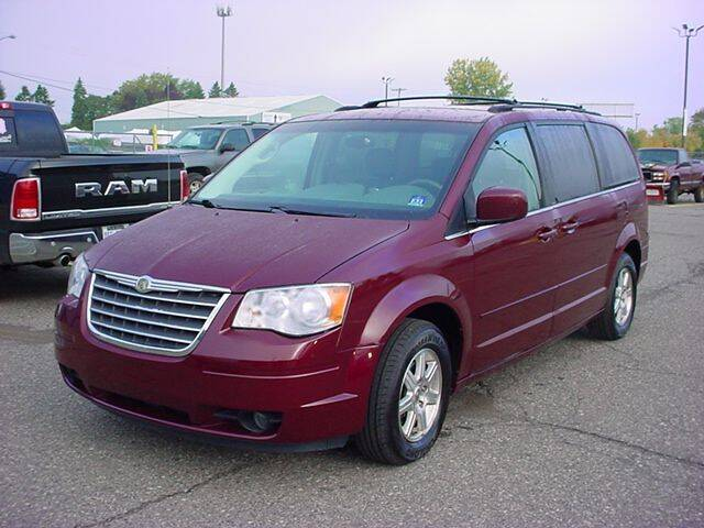 2008 Chrysler Town and Country for sale at VOA Auto Sales in Pontiac MI