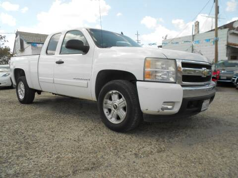 2007 Chevrolet Silverado 1500 for sale at Mountain Auto in Jackson CA