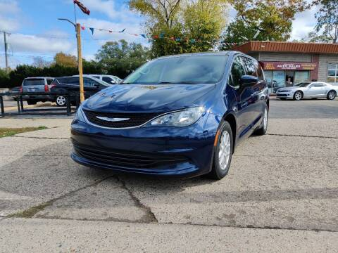 2017 Chrysler Pacifica for sale at Lamarina Auto Sales in Dearborn Heights MI
