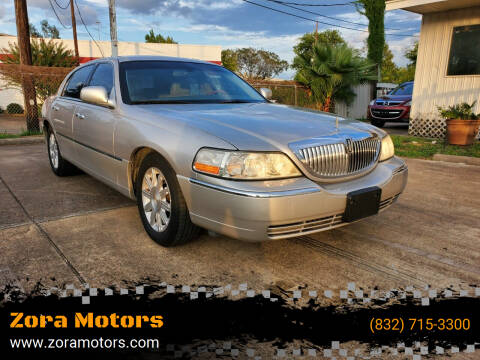 2009 Lincoln Town Car for sale at Zora Motors in Houston TX