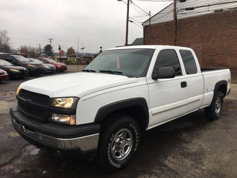 2004 Chevrolet Silverado 1500 for sale at Jim's Hometown Auto Sales LLC in Byesville OH