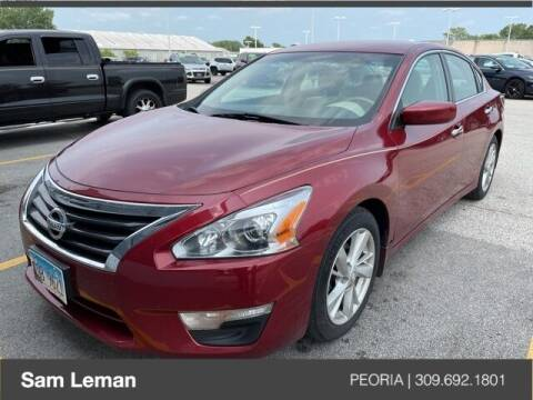 2013 Nissan Altima for sale at Sam Leman Chrysler Jeep Dodge of Peoria in Peoria IL