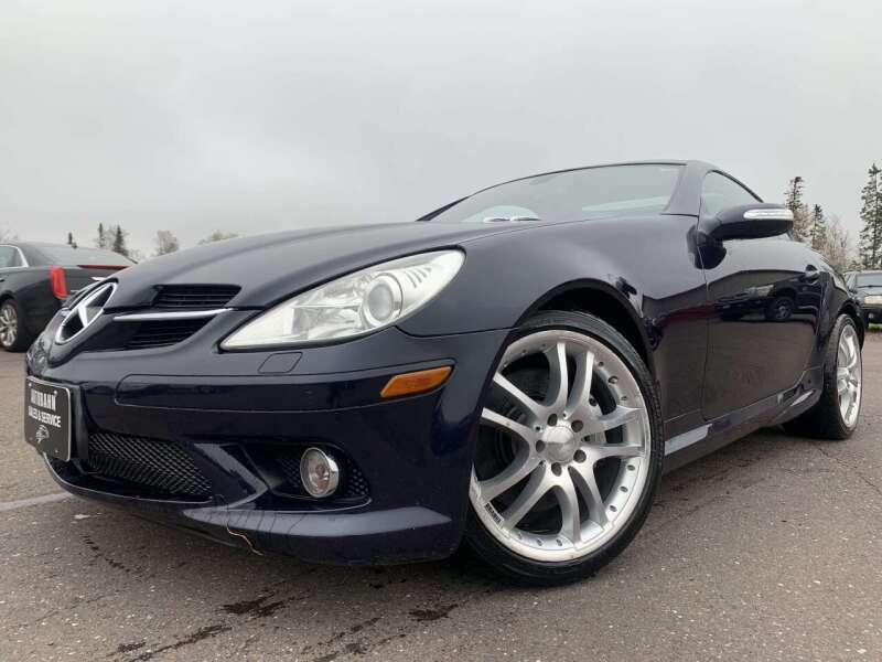 2005 Mercedes-Benz SLK for sale at Autobahn Sales And Service LLC in Hermantown MN