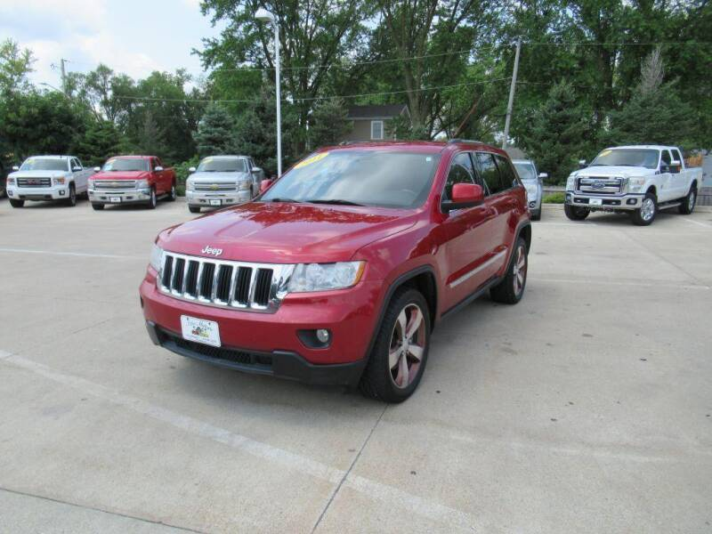 2011 Jeep Grand Cherokee for sale at Aztec Motors in Des Moines IA