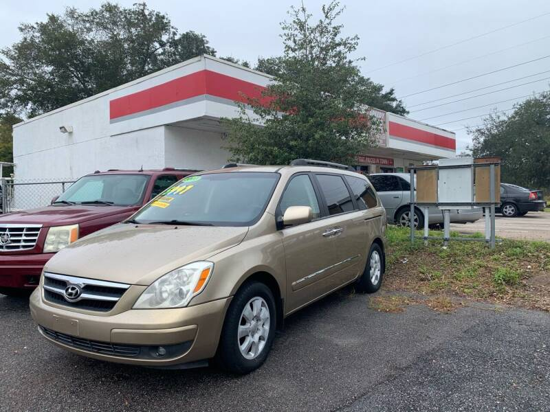 2007 Hyundai Entourage for sale at RAYS AUTOMOTIVE SALES & REPAIR INC in Longwood FL