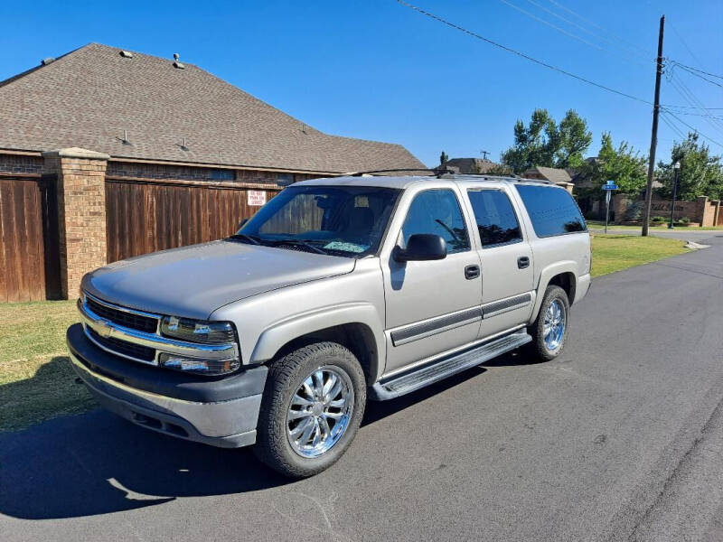2005 Chevrolet Suburban for sale at BUZZZ MOTORS in Moore OK