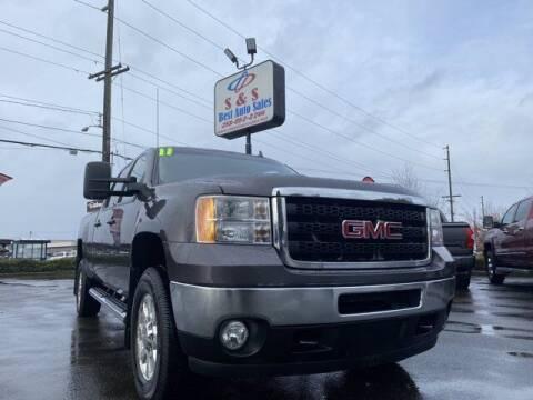 2011 GMC Sierra 3500HD for sale at S&S Best Auto Sales LLC in Auburn WA