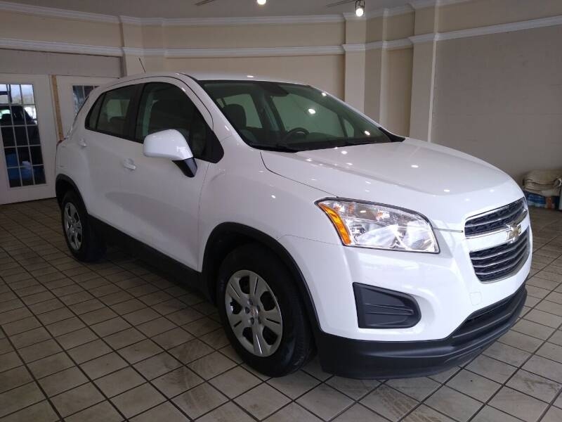 2015 Chevrolet Trax for sale at Town Motors in Hamilton OH