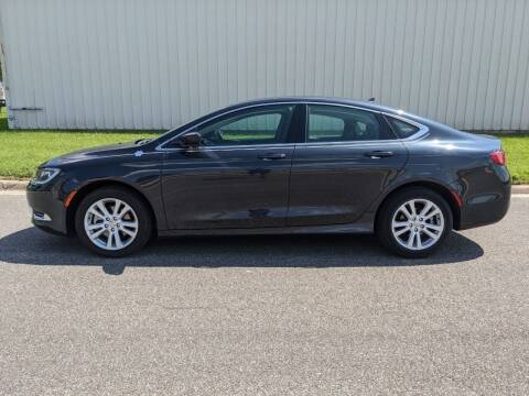 2017 Chrysler 200 for sale at TNK Autos in Inman KS