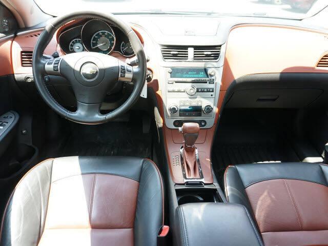 2008 Chevrolet Malibu LTZ 4dr Sedan - Chelsea MI