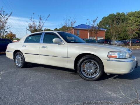 2006 Lincoln Town Car for sale at Town Square Motors in Lawrenceville GA