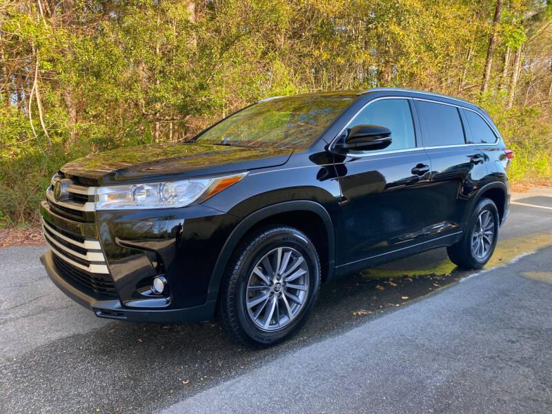 2017 Toyota Highlander for sale at Autoteam of Valdosta in Valdosta GA
