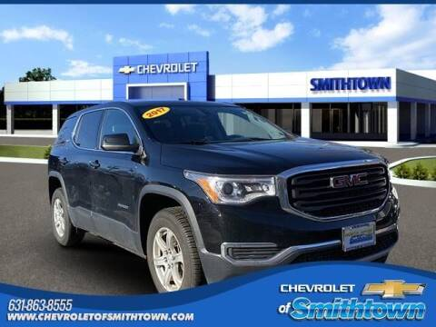 2017 GMC Acadia for sale at CHEVROLET OF SMITHTOWN in Saint James NY