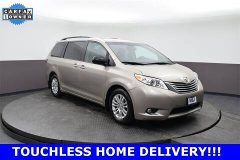 2017 Toyota Sienna for sale at M & I Imports in Highland Park IL