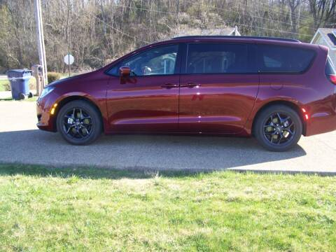 2019 Chrysler Pacifica for sale at Collector Car Co in Zanesville OH
