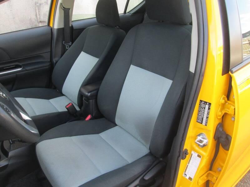 2015 Toyota Prius c Three 4dr Hatchback - Levittown PA