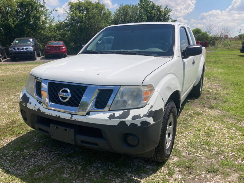2015 Nissan Frontier for sale at Discount Auto Mart LLC in Houston TX