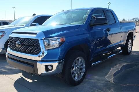 2018 Toyota Tundra for sale at Lipscomb Auto Center in Bowie TX