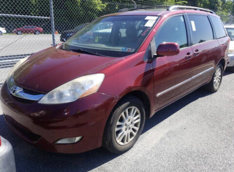 2008 Toyota Sienna for sale at Auto Town Used Cars in Morgantown WV