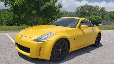 2005 Nissan 350Z for sale at Nationwide Auto in Merriam KS