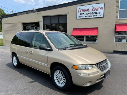 1999 Chrysler Town and Country for sale at I-Deal Cars LLC in York PA