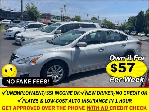2015 Nissan Altima for sale at AUTOFYND in Elmont NY