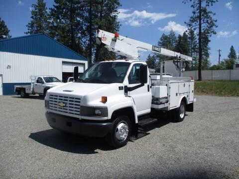 2003 Chevrolet kODIAK 4500 BUCKET TRUCK for sale at BJ'S COMMERCIAL TRUCKS in Spokane Valley WA
