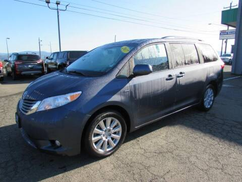 2017 Toyota Sienna for sale at 101 Budget Auto Sales in Coos Bay OR