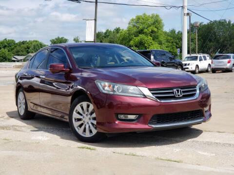 2013 Honda Accord for sale at KC MOTORSPORTS in Tulsa OK