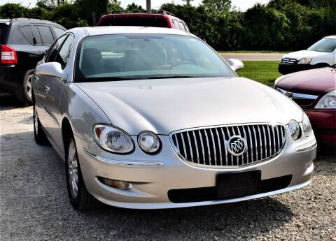 2008 Buick LaCrosse for sale at PINNACLE ROAD AUTOMOTIVE LLC in Moraine OH