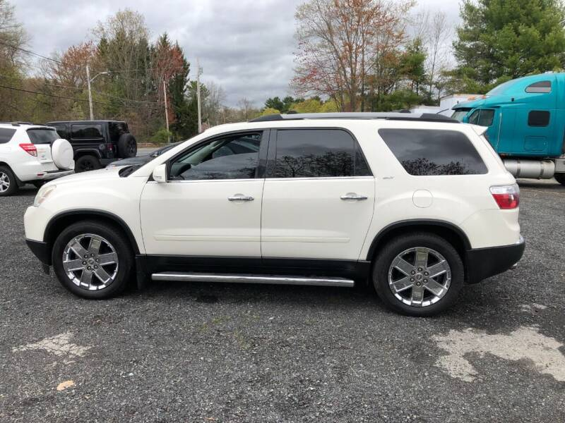 2010 GMC Acadia for sale at Perrys Auto Sales & SVC in Northbridge MA