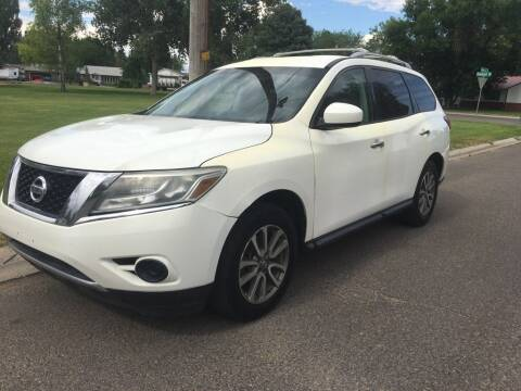 2013 Nissan Pathfinder for sale at KHAN'S AUTO LLC in Worland WY