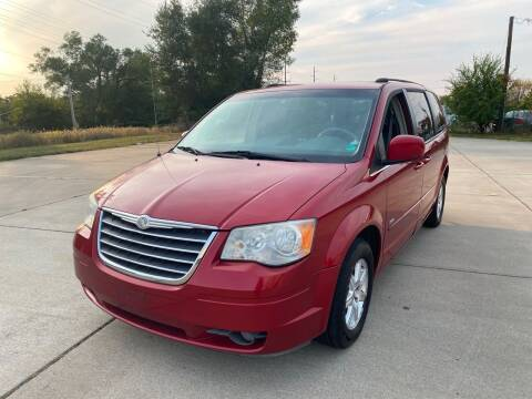 2008 Chrysler Town and Country for sale at Mr. Auto in Hamilton OH