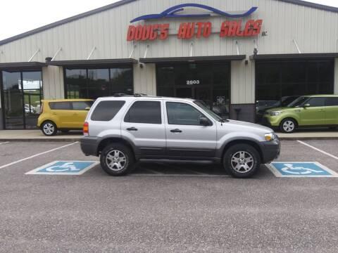 2005 Ford Escape for sale at DOUG'S AUTO SALES INC in Pleasant View TN