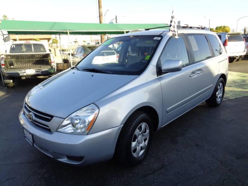 2007 Kia Sedona for sale at Pauls Auto in Whittier CA