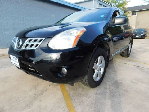 2013 Nissan Rogue for sale at AMD AUTO in San Antonio TX