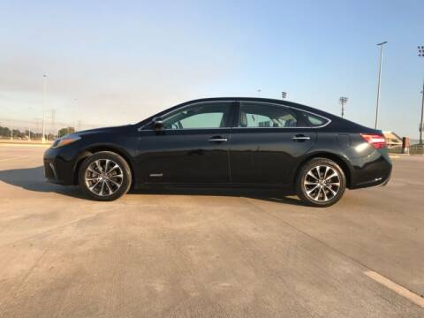2017 Toyota Avalon Hybrid for sale at ALL AMERICAN FINANCE AND AUTO in Houston TX