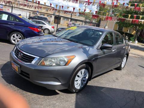 2009 Honda Accord for sale at RON'S AUTO SALES INC in Cicero IL