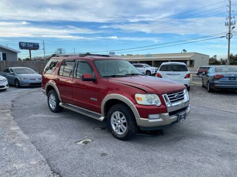 2006 Ford Explorer for sale at Lucky Motors in Panama City FL